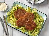 Parmesan-crusted-cubed-steak-with-zucchini-ribbons-horizontal